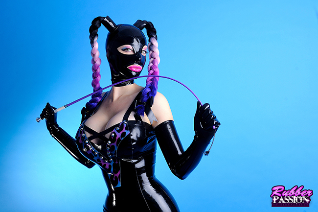 'High Gloss Rubberdoll' (Gallery)