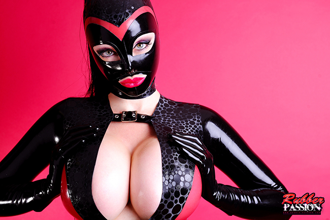 'Luscious in Latex' (Gallery)