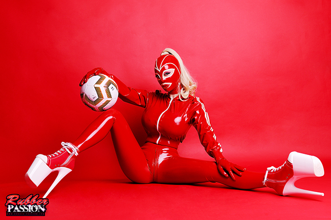 'Sporty Rubber Doll' (Gallery)